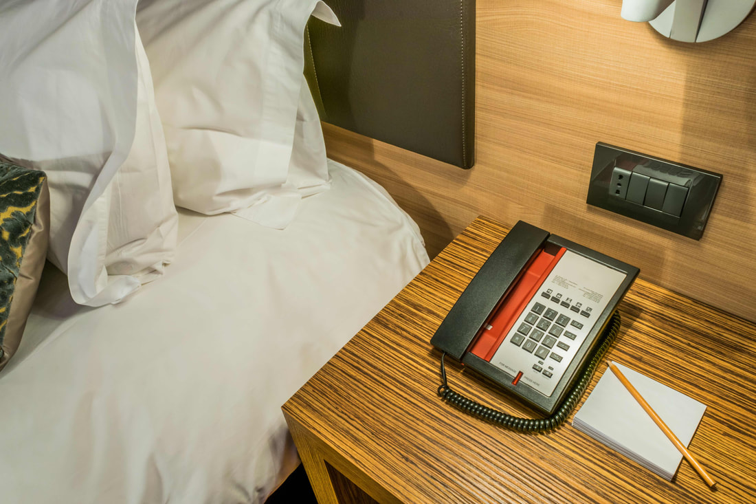 guest-experience-cetis-hotel-phones